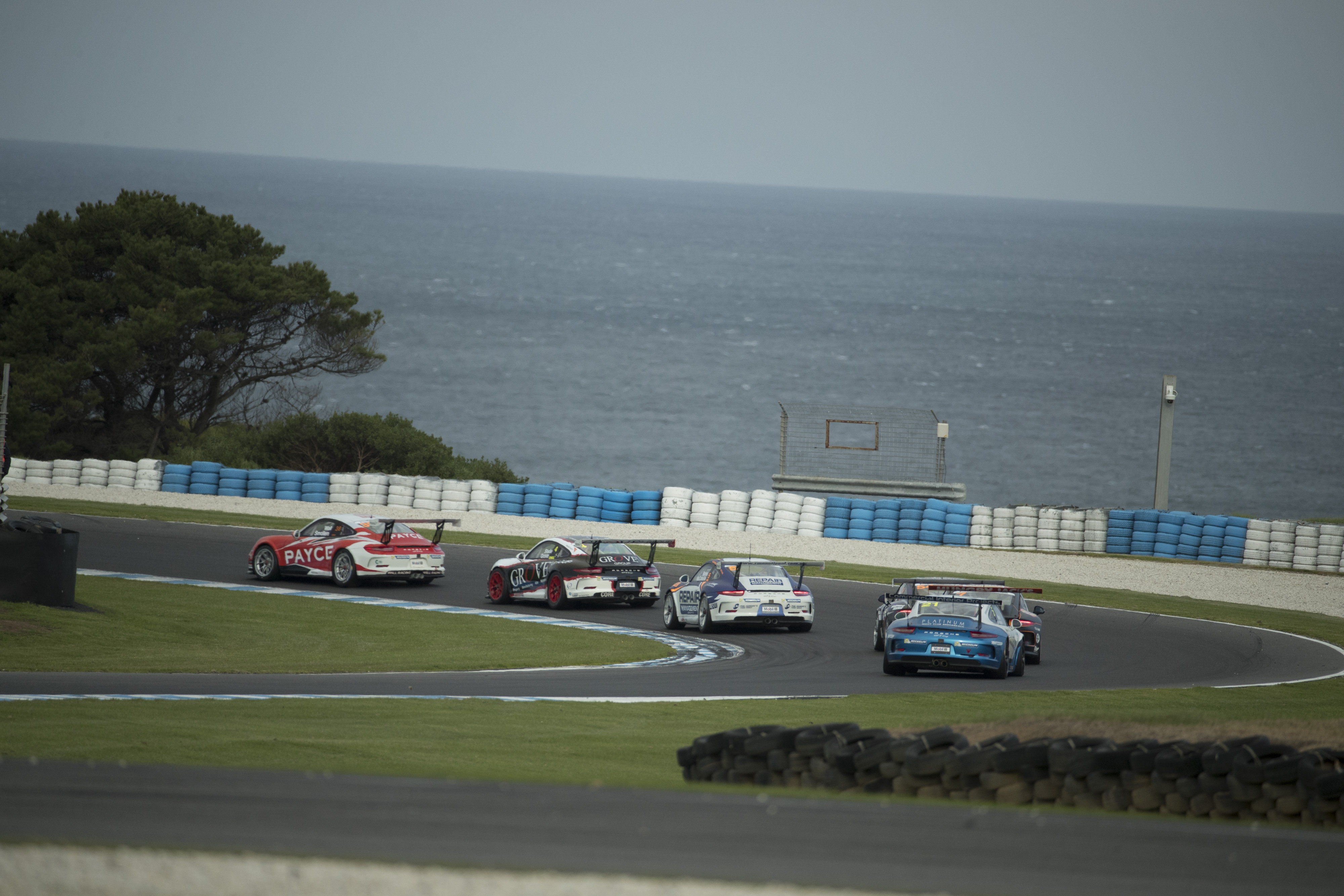 p38-Wall-CarreraCup-R3-2017-02256